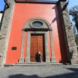 Mexicans Love Big Doors