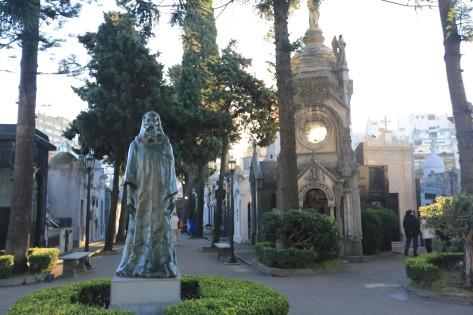 Argentinians do death in style at Recolleta cemetery